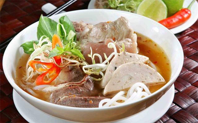 Hue beef rice noodles