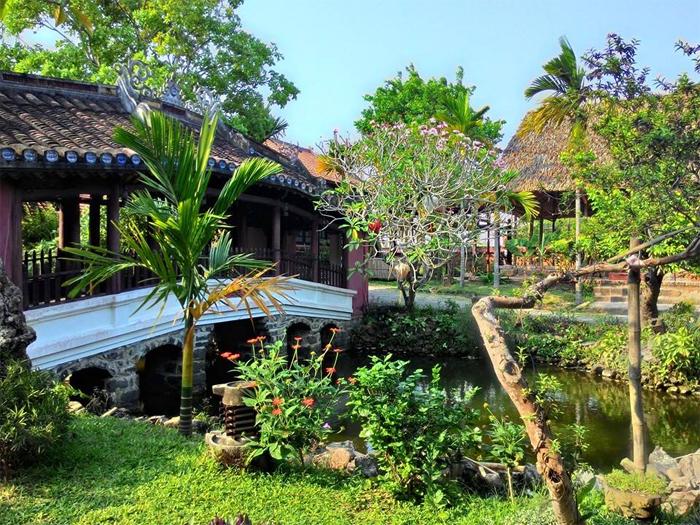 Full Moon Town Restaurant at 101 Cua Dai Str, Hoi An