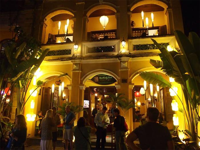 Morning Glory Restaurant at 106 Nguyen Thai Hoc Str, Hoi An.