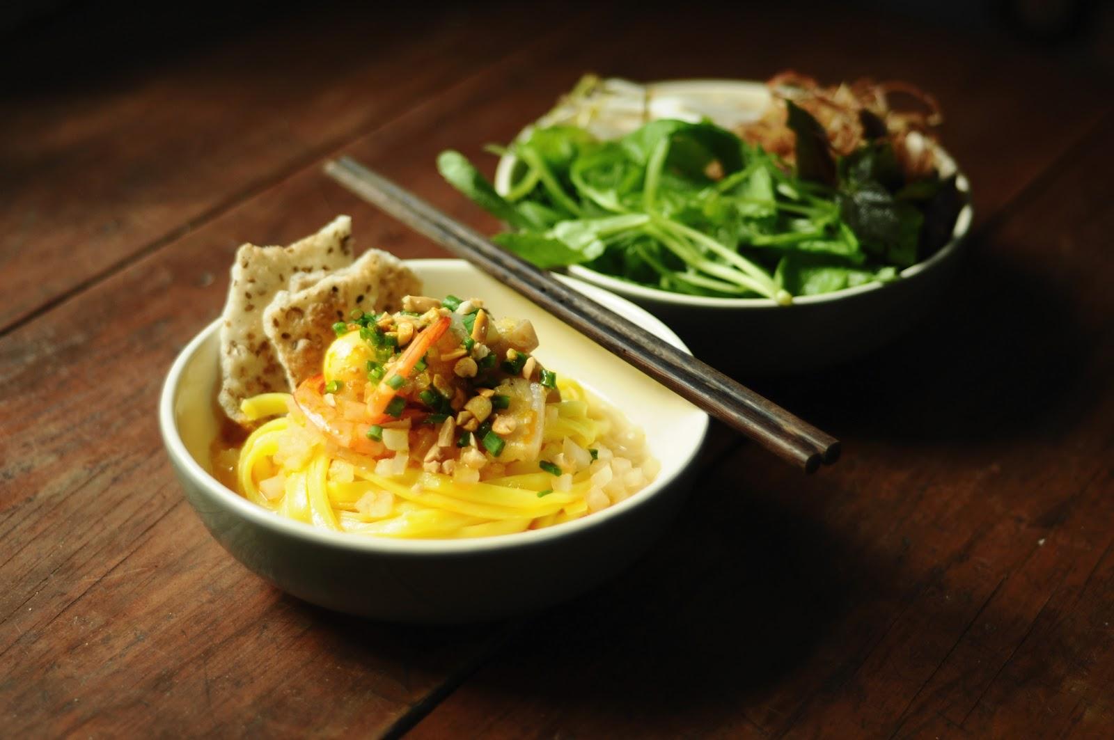 Mi Quang - Quang Noodles in Center of Vietnam