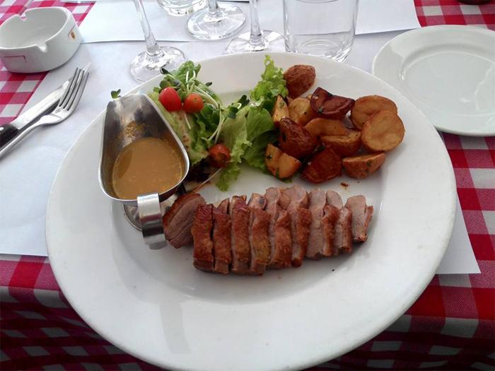 Le Bouchon de Saigon - Where you find the french food!