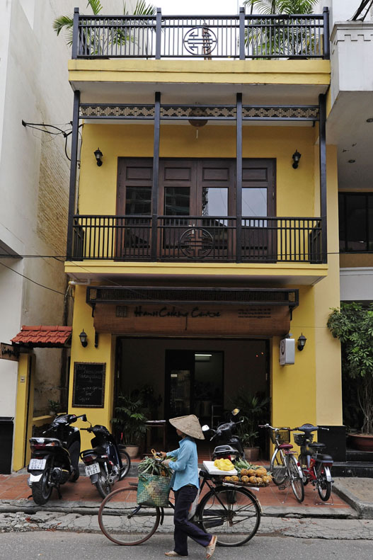 Hanoi Cooking Center (44 Chau Long, Ba Dinh, Hanoi)