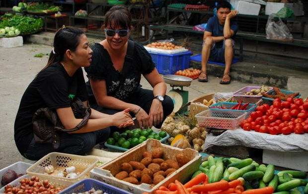 Go to the market with KOTO chef