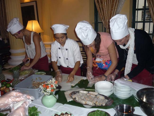 Hanoi Cooking Class at Viet Kitchen Restaurant