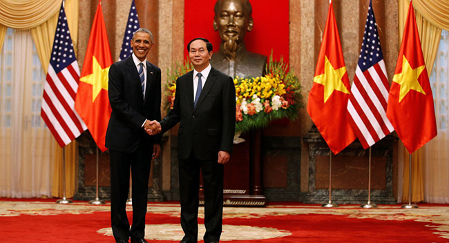 President Obama Eats the Best Vietnamese Authentic Dishes