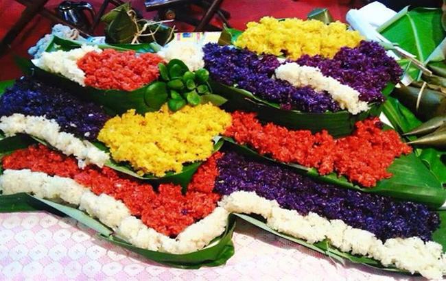 Vietnamese Five-color Steamed Sticky Rice