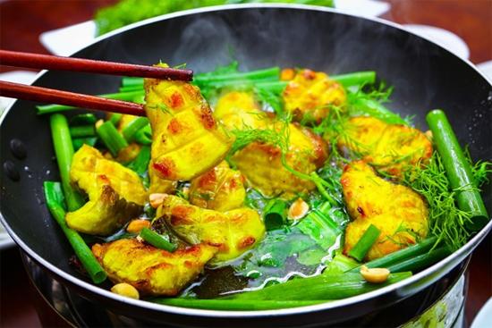Cha Ca La Vong (La Vong Fish Sausage)