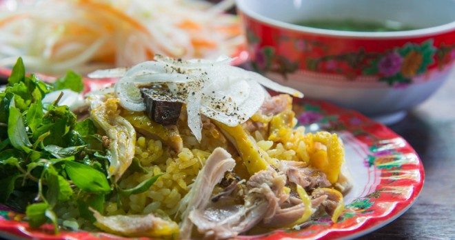 Com Ga – the must try local food in Hoi An