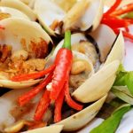 Sweet and sour clam – popular street food in Saigon