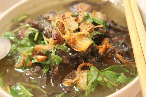 Miến Lươn (taro vermicelli soup with eels)