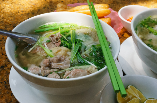 Phở Gà - Noodle soup with chicken