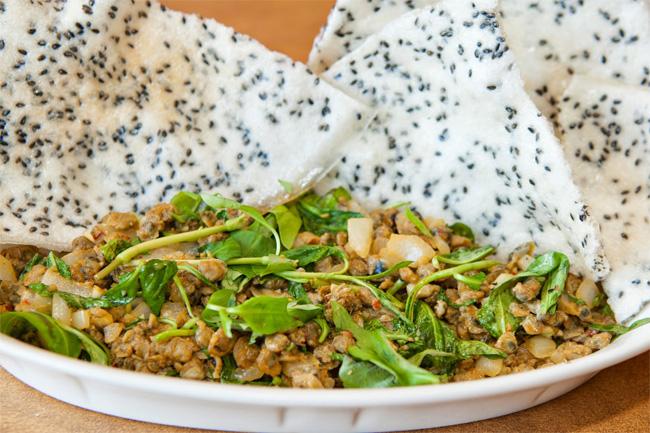 Hoi An Mussel Salad