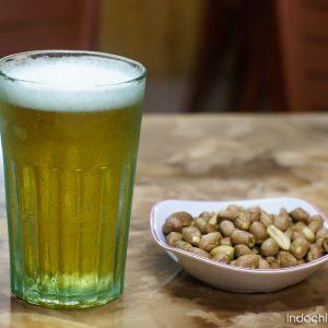 Bia Hoi ( Hanoi draught beer)