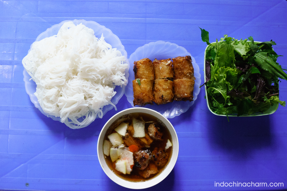 """Rice noodles with barbecue pork """"Bun Cha"""" - The most wanted Hanoi street food"""