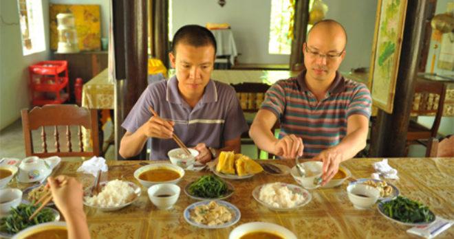 Vegetarian lunch at Dong Thien pagoda in Hue