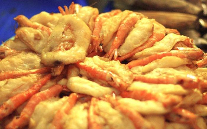 Cake with Shrimp (Bánh Tôm)