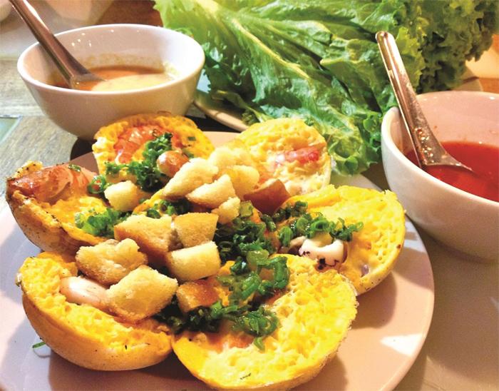 Mini Pancake with Egg, Squid, or Shrimp in Nha Trang