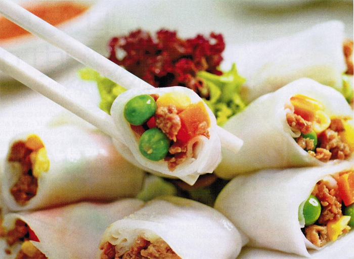 Rolled Cake with Grilled Pork - Vietnam Street Food in Nha Trang