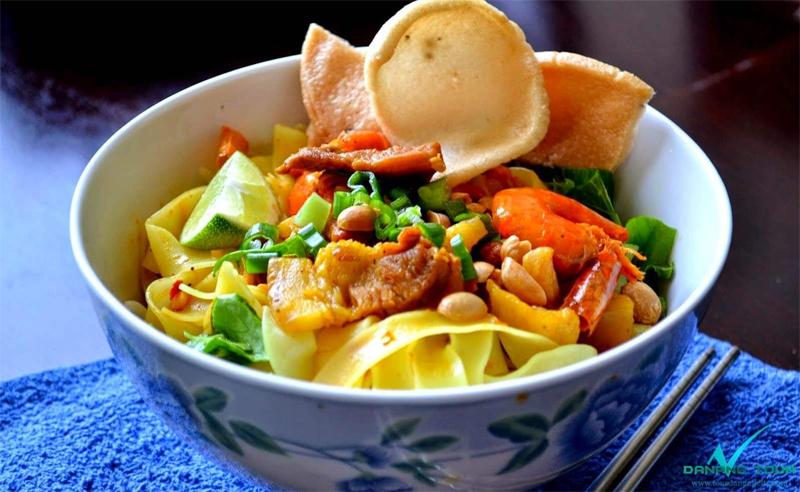 My Quang - Quang noodles, the specialty of Da Nang