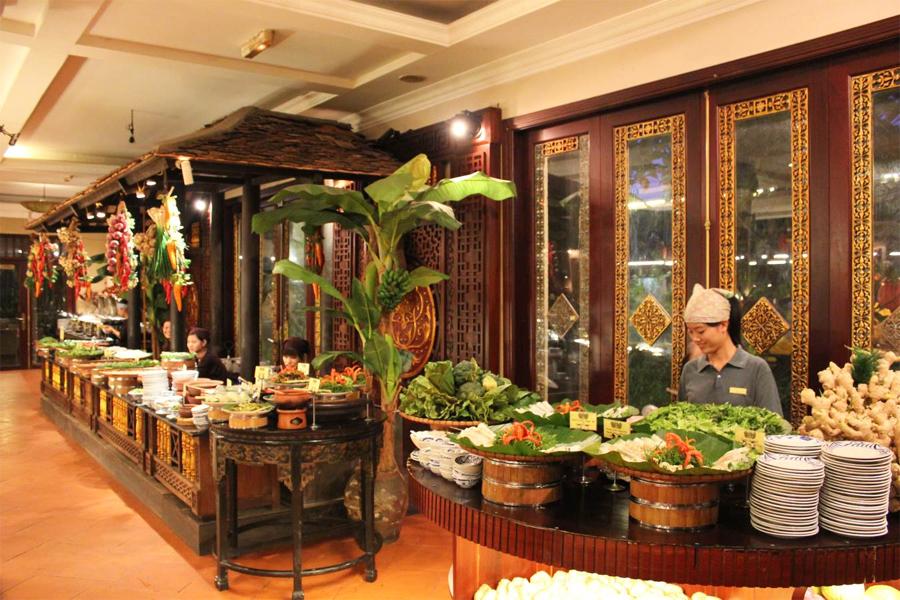 Buffet Sen Tay Ho (Sen West Lake) Hanoi