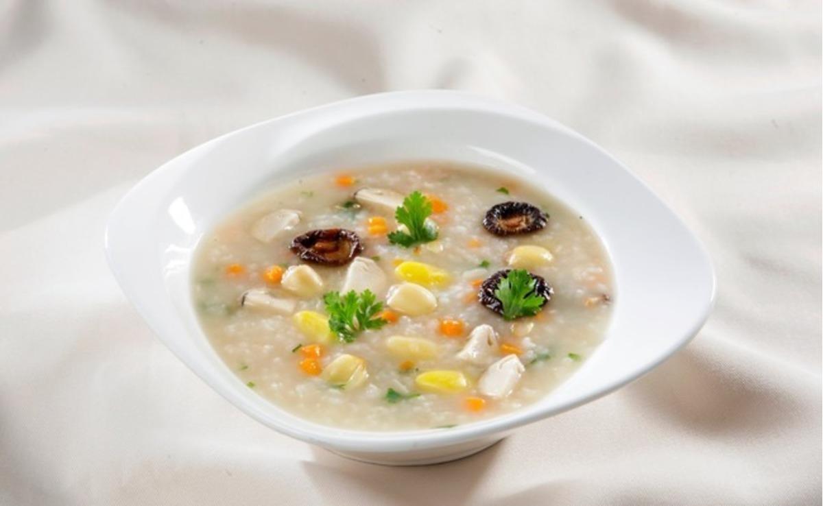 Rice Porridge with Mung Beans (Chao Dau Xanh)