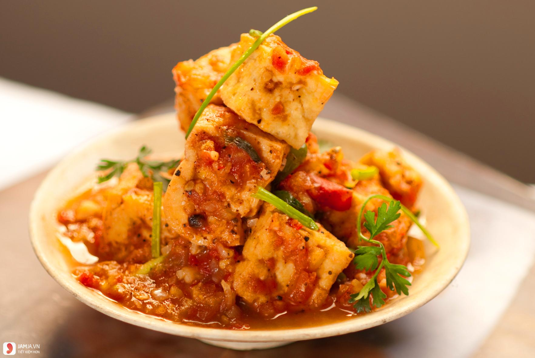 Tofu with Tomato Sauce (Dau Sot Ca Chua)