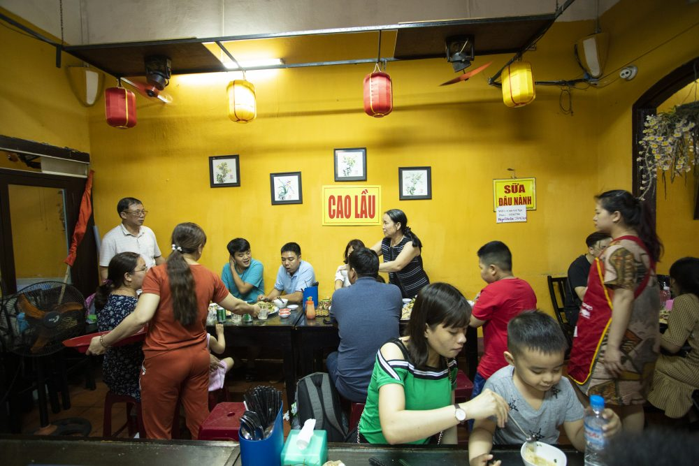 Enjoy food tour in Hoi An with Vietnam Culinary Travel Agency